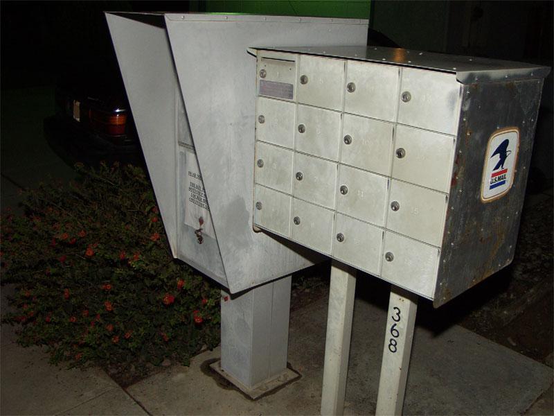 mailbox-side3.jpg